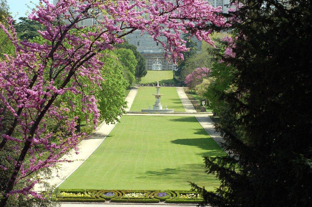 10 parques de madrid para disfrutar al aire libre for Jardines 15 madrid