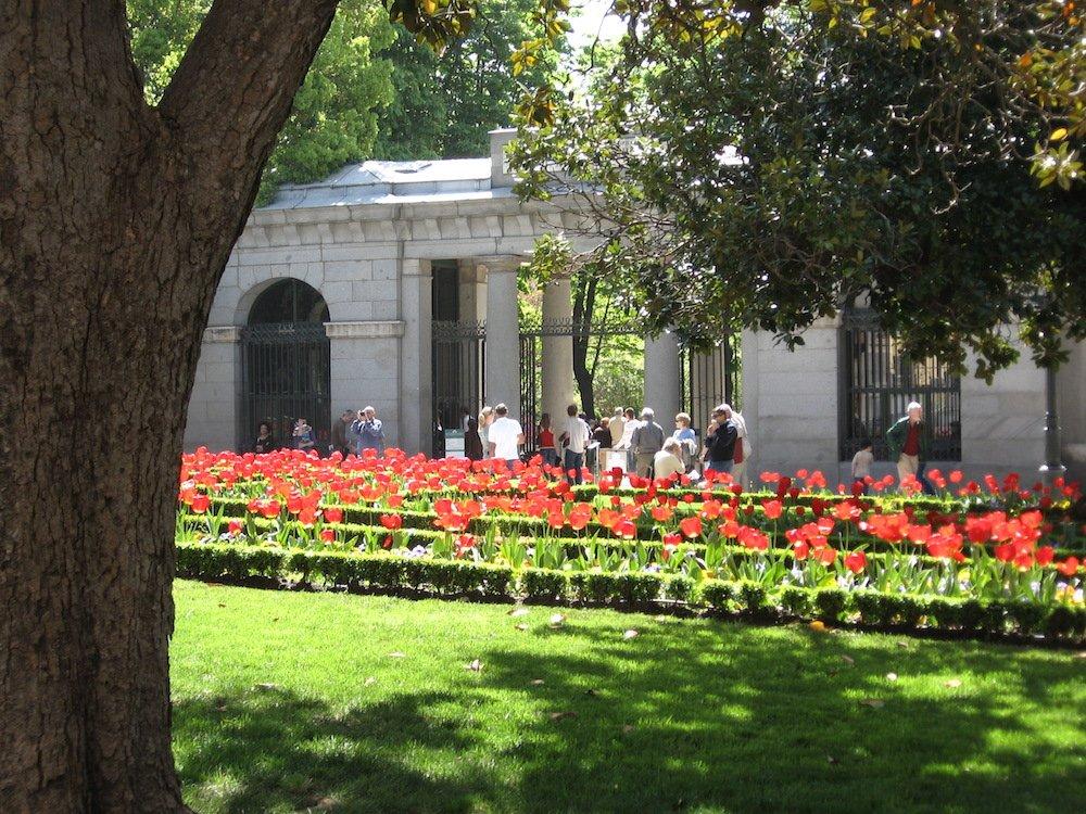 10 parques de madrid para disfrutar al aire libre for Precio entrada jardin botanico madrid