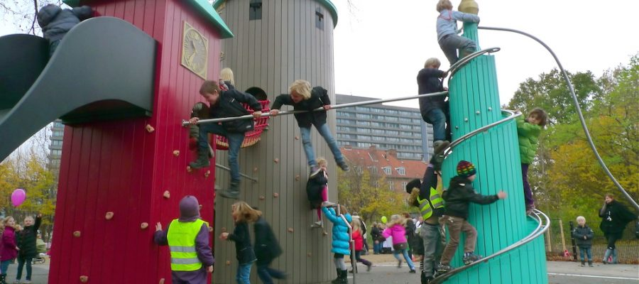 Viajar con niños, 9 parques infantiles espectaculares