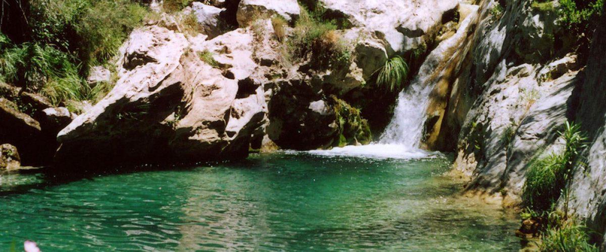 6 piscinas naturales ¡para combatir el calor! | PequeViajes
