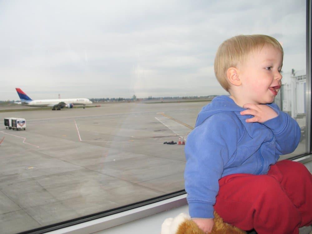 Viajar En Avión Los Hombres Que Viajan En Primera Y: Viajar Con Niños, El Primer Vuelo En Avión