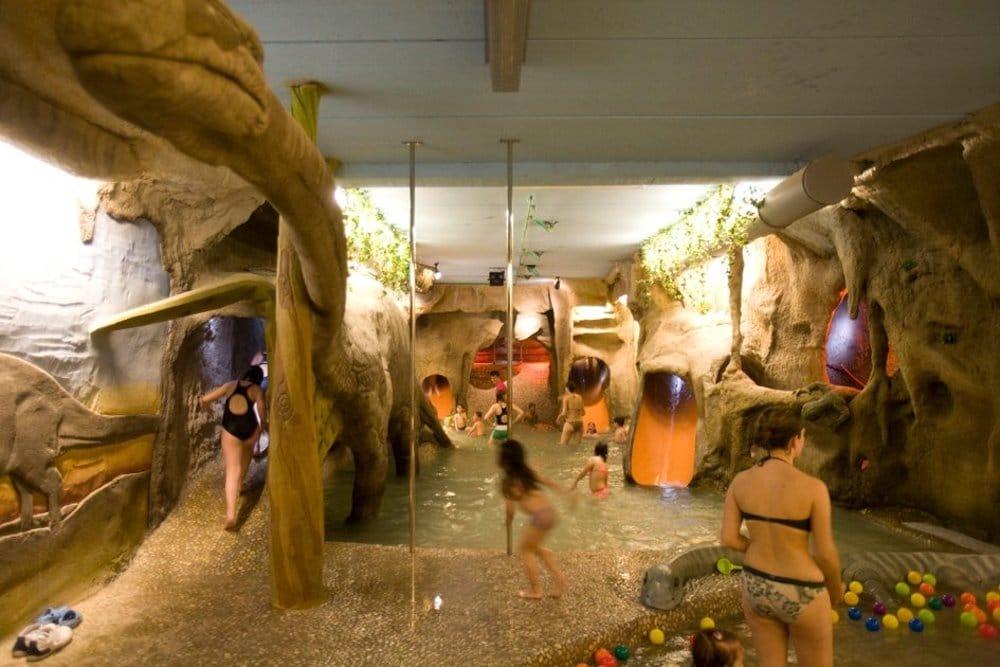 Hoteles para ni os spa hotel ciudad de teruel pequeviajes for Hoteles en teruel con piscina