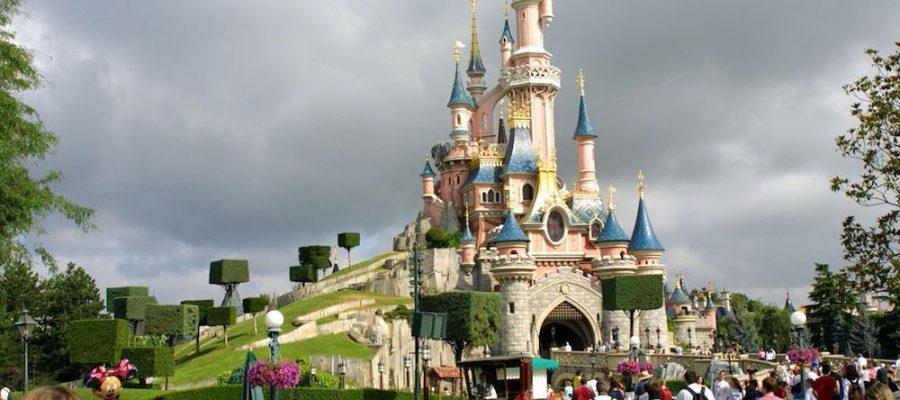 5 consejos para viajar a Disneyland con niños
