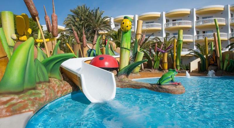 Los mejores hoteles para ir con ni os en mallorca parte 1 pequeviajes - Hoteles con piscina climatizada para ir con ninos ...
