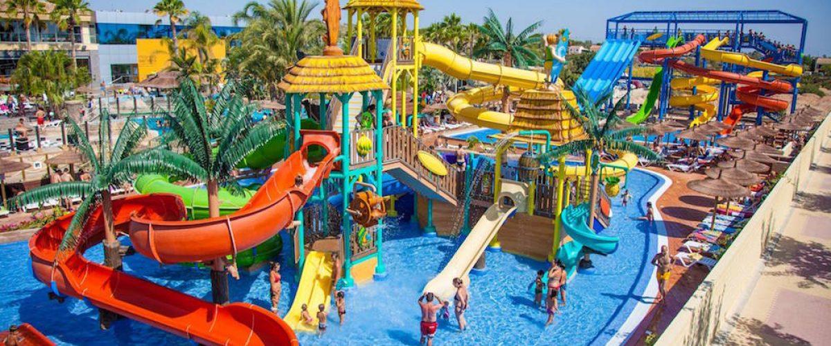 Camping para niños, 4 opciones con parque acuático
