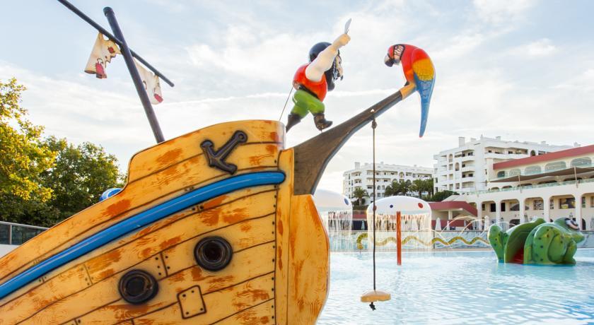 Hoteles familiares be live family palmeiras en algarve for Hoteles para familias en la playa