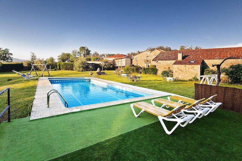 Casas rurales en galicia perfectas para familias pequeviajes - Apartamentos con piscina en galicia ...
