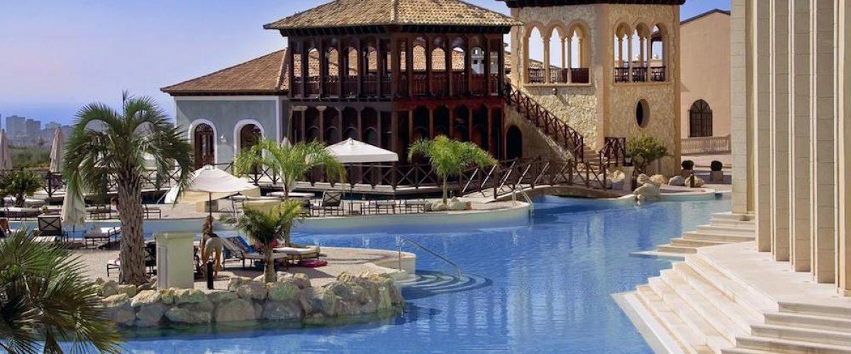 Hotel Meliá Villaitana, lujo mediterráneo en la Costa Blanca