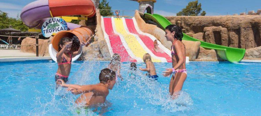Aqualand Torremolinos: atracciones, precios, horarios