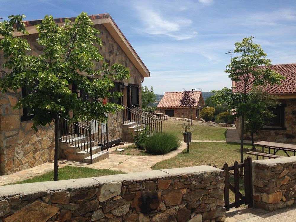 Casas rurales madrid 10 opciones familiares pequeviajes - Hoteles cerca casa campo madrid ...
