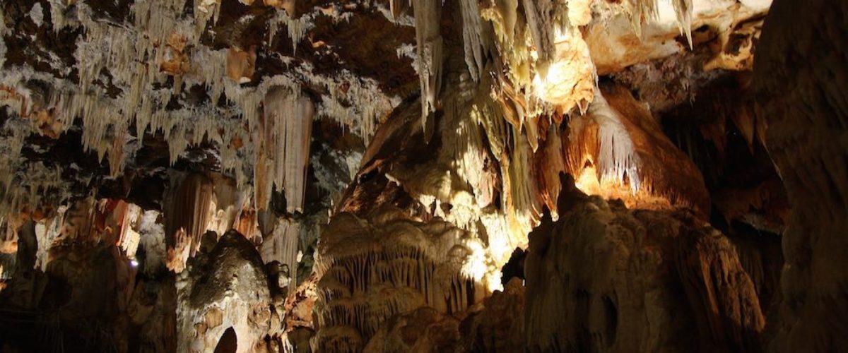Cuevas del Águila, un paseo encantado por las entrañas de la Tierra